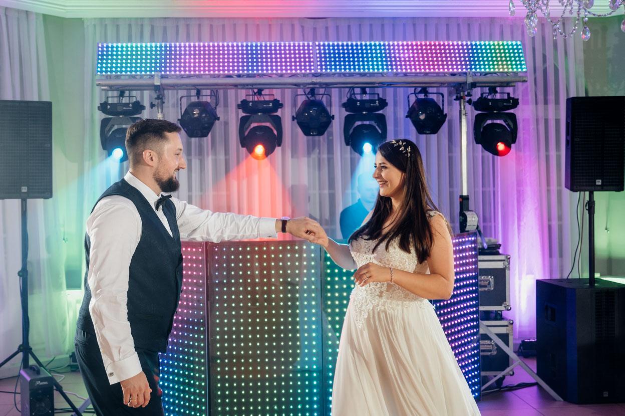 Pierwszy taniec – TOP 50 polskich i zagranicznych piosenek